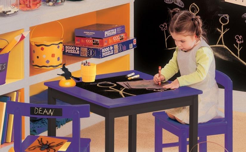#DIY Convierte mesas, paredes y otras superficies en pizarra atiza