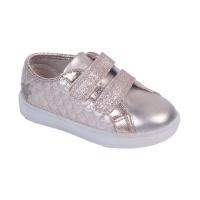 #Collokytemueve ¡Se viene el día del niño y enciéndelo con nuevas zapatillas!