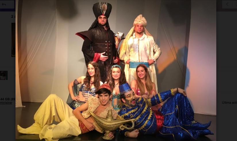 La familia puede disfrutar de teatro porque es Teatro en ShoppingPortal