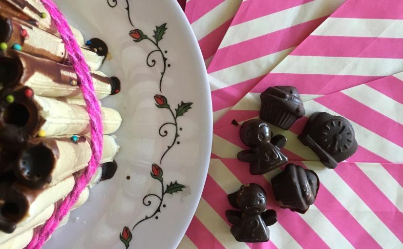 #RecetasconSomela Bombones de chocolate con crema de maní y torta decuchuflí