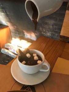fuente reina chocolate caliente