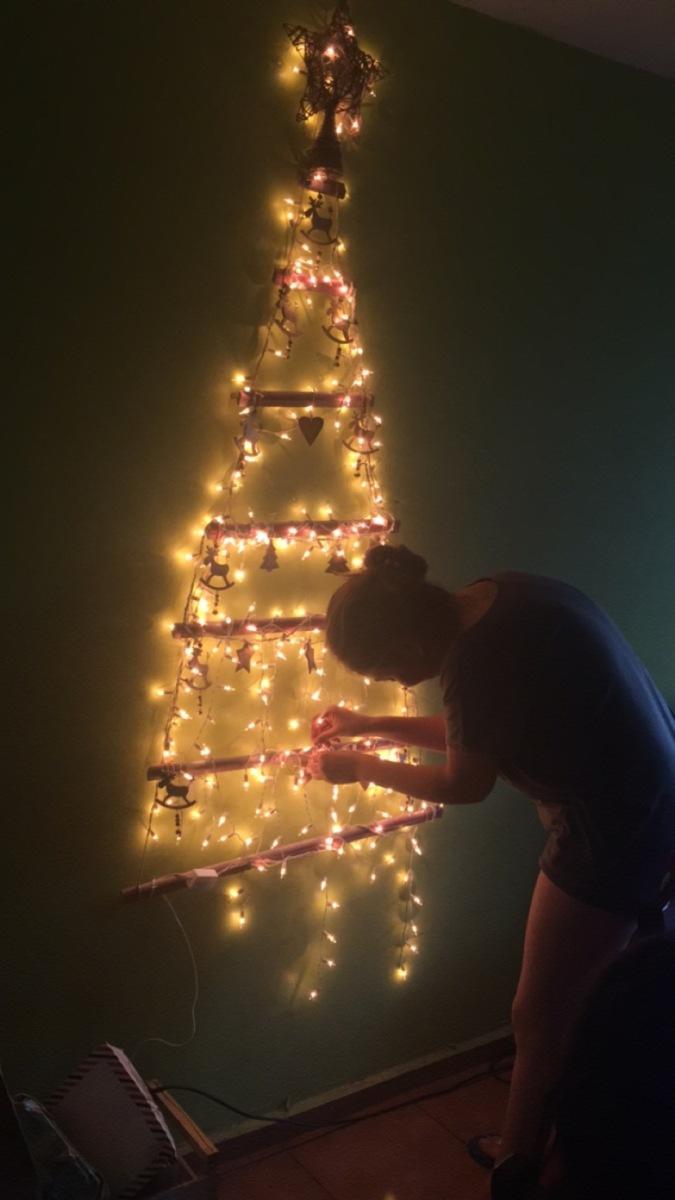 #DIY Arbol de Navidad en pared con Rust Oleum