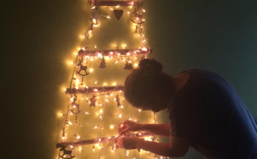 #DIY Arbol de Navidad en pared con RustOleum